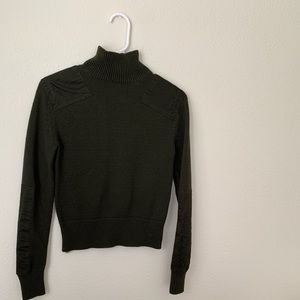 ZARA KNIT forest green turtleneck with patches!